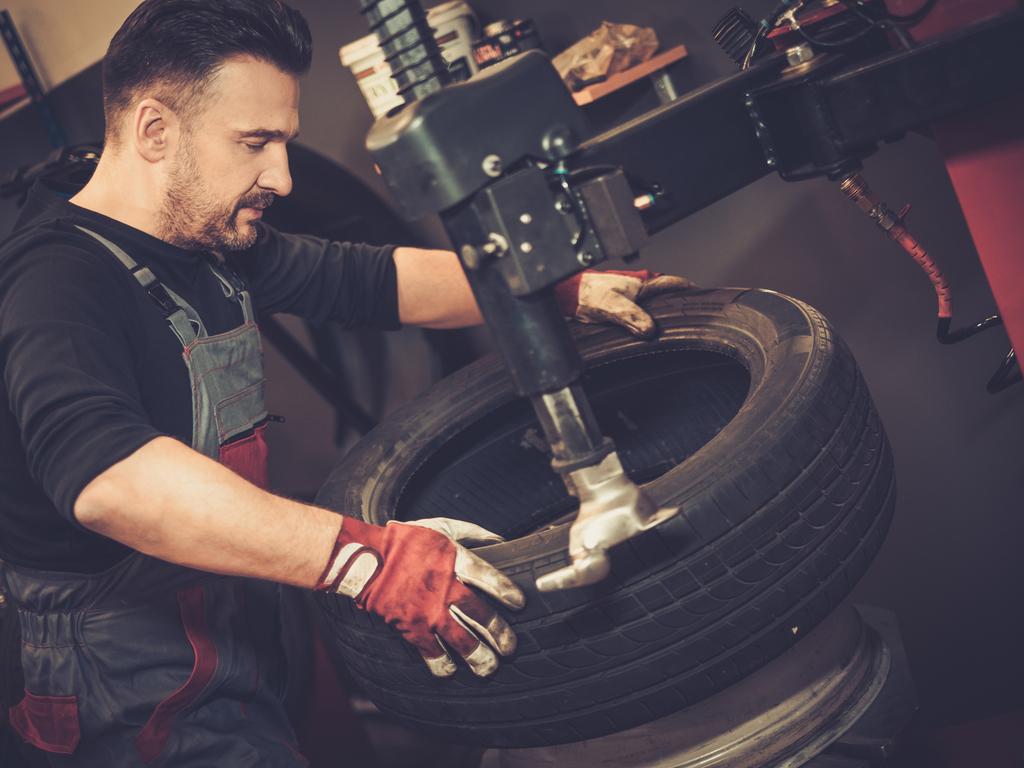 Скидка 20% на сезонную замену шин (4 колеса)