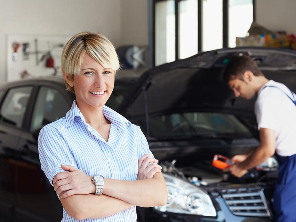 Скидка 10% женщинам-автомобилистам