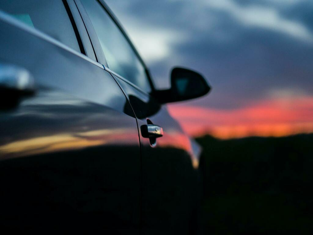 Ремонт петель, провисших дверей, регулировка и выставление зазоров на кузове автомобиля