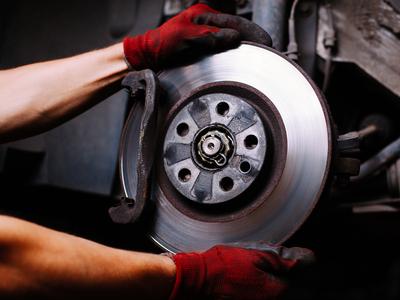 Проточка тормозных дисков, замена колодок, ремонт суппортов